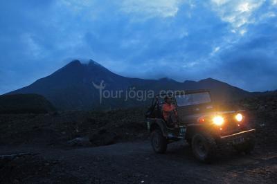 Merapi Jeep Sunrise Tour